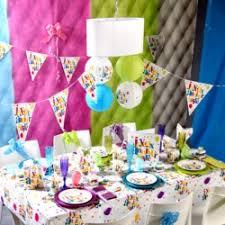 decoration pour anniversaire décoration anniversaire festif gouté d enfants multicolore