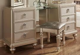 Bobs Furniture Diva Dining Room by Bedroom Furniture Vanity Interior Design