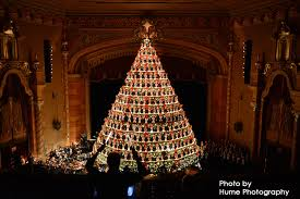 Americas Tallest Singing Christmas Tree