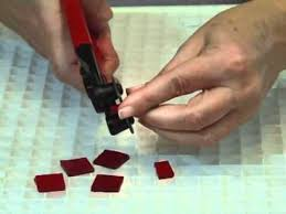 mosaics how to use a wheeled nipper
