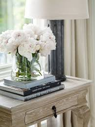 30 Living Room Decoration With Flowers And Vases Via Forcreativejuice