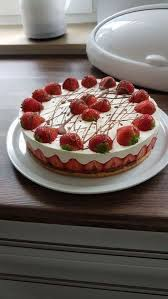 erdbeer mascarpone torte maikäfersilke chefkoch