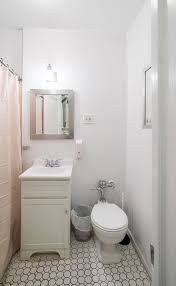 45 Ft Bathroom by Midtown 4 Bedroom 2 Bathroom Residence 2 000 Square Ft Sleeps 8