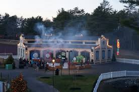 Thomas And Friends Tidmouth Sheds by Evan And Lauren U0027s Cool Blog 12 21 15 Win 4 Tickets To Edaville
