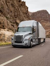 New Cascadia Driving Higher Penetration Of Proprietary Components ... Freightliner Trucks Hartwigs Heavy Haul Truck Vocational Daimler Shows Off Two New Electric For The Us Begins Production On New Cascadia Fleet Owner Inventory Northwest 2019 Mrxtmid Roof At Premier Econicsd Waste Collection Unveiled Wasteexpo Driving News And Reviews Top Speed Pushes Innovation With Demand Detroit Freightliner Scadia For Sale 1439