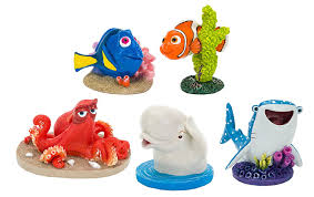 Spongebob Aquarium Decor Set by Amazon Com Penn Plax Disney Finding Dory Nemo Set Of Five