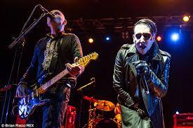 Smashing Pumpkins Tour Merchandise by Natalie Imbruglia Cuddles Billy Corgan At Smashing Pumpkins Gig
