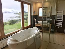 bad mit blick nach draußen picture of hotel santner alpine