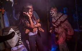 Halloween Horror Nights Parking Orlando by Universal Orlando Close Up Universal Orlando U0027s Halloween Horror