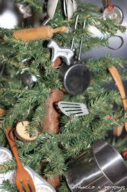 Kitchen Chrustmas Tree Front