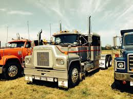 Pin By Greg Powell On Mack | Pinterest | Trucks, Mack Trucks And Big ...