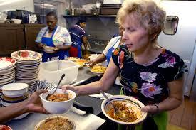 Mrs Wilkes Dining Room Restaurant by Mrs Wilkes Chef Savannah Ga Savannah Restaurants Savannah