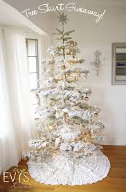 The Grinch Christmas Tree Skirt by 244 Best Shabby Chic Christmas Images On Pinterest Shabby Chic