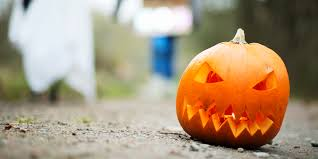 Quotes For Halloween Candy by What You Need To Know About 6 Foot Trick Or Treaters Huffpost