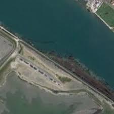 photo satellite port louis du rhône 13 port louis