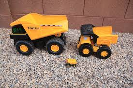 BIG Tonka Metal Toy Dump Trucks Contruction Yard Excavator, Backhoe ...