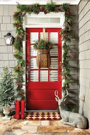 Outdoor Christmas Decorations Ideas On A Budget by Best 25 Christmas Front Doors Ideas On Pinterest Front Door