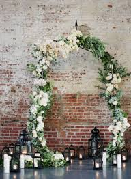 40 Beautiful White Indoor Wedding Ceremony Ideas You Need To Try