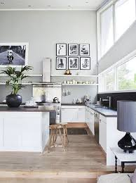 peinture grise cuisine cuisine ouverte sur salon blanche et peinture grise