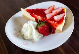 dessert avec creme fouettee cake avec la creme fouettee vecteurs et photos gratuites