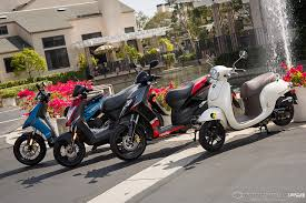2013 2000 Scooter Comparison