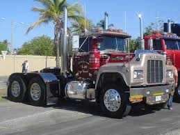 Mack R Model Show Truck - Google Search | Bitchin' Trucks ...