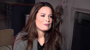 Pll Halloween Special 2014 Online by Holly Marie Combs Pretty Little Liars Set Visit Interview Youtube