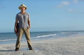 Blue Chair Bay Rum Kenny Chesney Contest by Kenny Chesney Closes Out No Shoes Nation Tour With U201csunday Morning