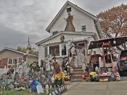 Halloween Shop Staten Island by 73 Best Houses Decorated For Halloween Worth Visiting Images On