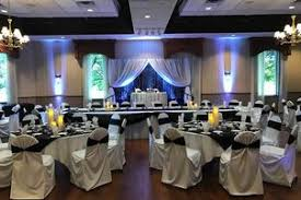 Machine Shed Pewaukee Catering by Wedding Reception Venues In Waukesha Wi The Knot