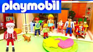 maison du pere noel playmobil jouets du père noël playmobil les enfants font un barbecue dans la