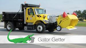 Gator Getter - YouTube Gator Covers Gatorcovers Twitter 53306 Roll Up Tonneau Cover Videos Reviews 116th John Deere Xuv 855d With Driver By Bruder Quality Used Trucks Manufacturing Milestone Farm Atv Illustrated 2005 Ford F750 Sa Steel Dump Truck For Sale 534520 Utility Vehicles Us Peg Perego Rideon Walmart Canada Tri Fold Bed Best Resource Truck Nice Automobiles Pinterest 93