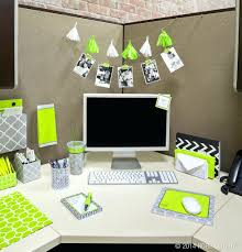 Simple Cubicle Christmas Decorating Ideas by Desk Wonderful Natural Beauty Meets Gentle Modernity With This