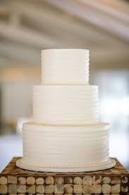 Stunning Plain White Wedding Cake Ideas