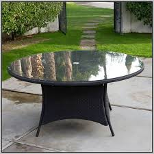 Round Patio Tablecloth With Umbrella Hole by Captivating Round Patio Table Cover With Umbrella Hole Round Patio