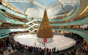 The 95 Foot Tall Tree Is Centerpiece At Galleria Dallas During Holidays