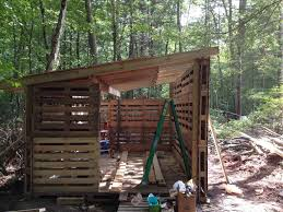 Pallet Buildings Wood Tool Shed U Pallets Cabin And Projects