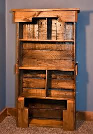 Wooden Pallet Bookshelf DIY Pallet Furniture Plans I m thinking