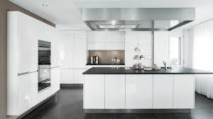 küche mit kochinsel preis moderne küche küche mit