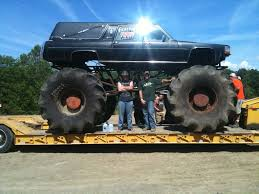 100 Badass Mud Trucks Mega Mud Trucks Google Zoeken Monster
