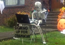 Nerdy Skeleton The Trying To Work On Laptop Is A Cool Outdoor Decor For Hallows Eve Try Keep It In Center Of Your Yard So That All