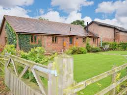 100 Barn Conversion CASTLE CLOVER 1 Bedroom Pet Friendly Barn Conversion A Perfect Rural Hideaway Bridgnorth