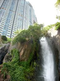 100 Waterfall Bay Wah Fu Dont Go Chasing Waterfalls Well Do But