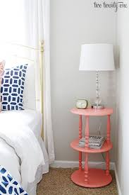 Coral Color Bedroom Accents by Best 25 Coral Tables Ideas On Pinterest Coral Centerpieces
