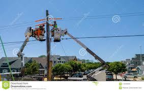 100 Bucket Truck Repair Sayreville NJ June 15 2018 Workers Telecommunication