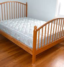 vermont tubbs full size bed frame and mattress ebth