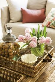 Diy Spring Table Decorations Rose Blooming Hyacinths Wicker Tray Arrangement Couch