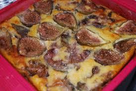 cuisiner figues fraiches clafoutis aux figues fraîches humm a vos fourchettes