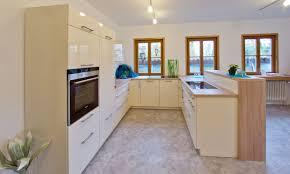 röhm lebendiges wohnen küchenstudio mit großem