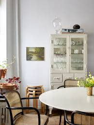 Small-Space Solutions: 17 Affordable Tips From An NYC ... Ding Room Set White Kitchen Table Tables For Small Chairs Living Swivel Euro Rscg Chicago From Amazing Ideas Spaces About 24 Space Best Hacks For Homes Twenty Ding Tables That Work Great In Small Spaces 10 Smallspace Decorating Interior Licious Saving Comfy Rooms Makeover A Doubleduty Den Wayfair 15 Fniture Pieces 50 Gorgeous Stylish Design More Seating And Style Oriestrendingcom